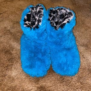 Super Soft House Booties